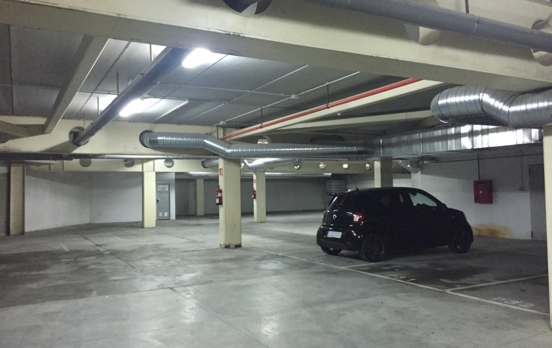 Plazas de garaje y trasteros